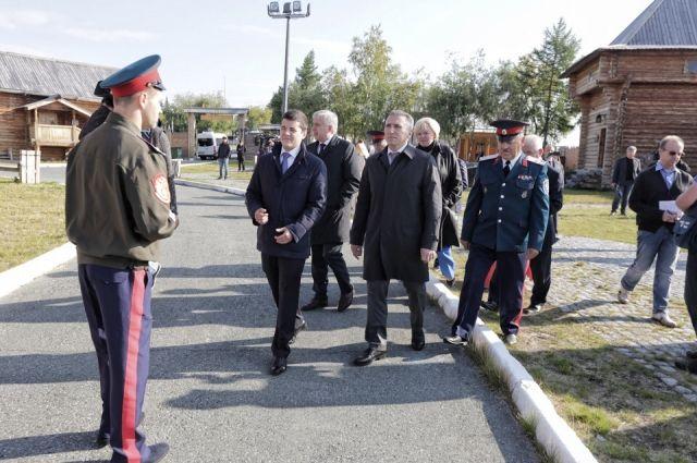 Александр Моор и Дмитрий Артюхов посетили «Обдорский острог»