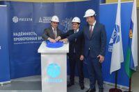 Александр Моор и Дмитрий Артюхов подключили Ямал к большой энергетике