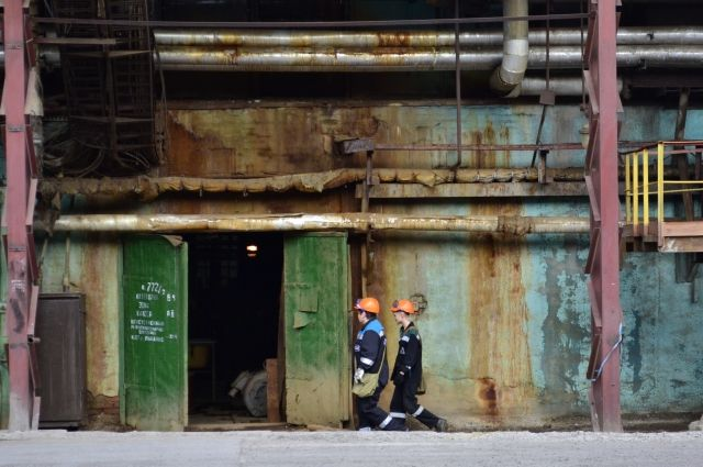 Об опасности происшествия на химзаводе для населения Кемерова не сообщается.