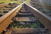 В Оренбургской области под колесами поезда погибла пожилая женщина.