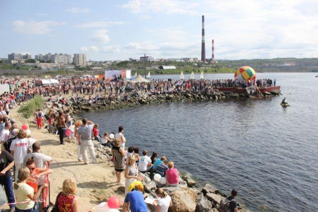 Праздник спорта ежегодно собирает тысячи гостей.