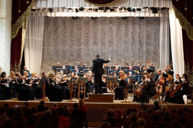 Состоится симфо-гала-концерт «Музыка оживает в полночь».