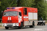 В Александровском районе 4 пожарных почти 3 часа тушили сарай.