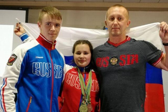 Дарья Ломацкая снова завоевала «золото» первенства мира по пауэрлифтингу.
