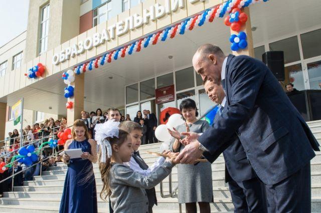 Борис Дубровский открыл один их самых современных образовательных центров в Уральском регионе.