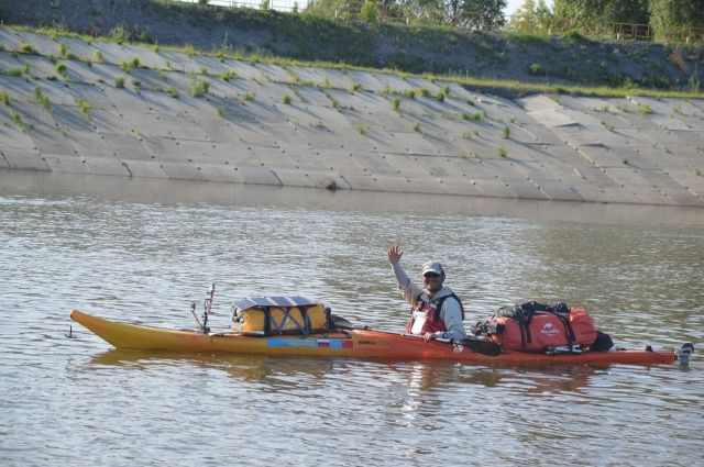 Китайский путешественник доплыл на байдарке до Тобольска