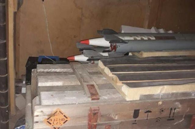 В Одессе обнаружили склад ракет для разгона туч