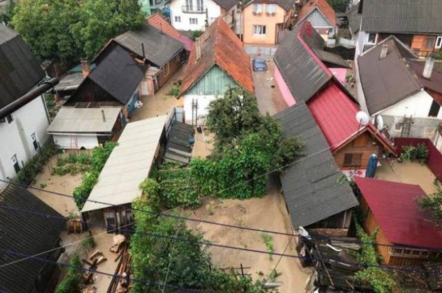На Закарпатье из-за вырубки леса затопило целый город