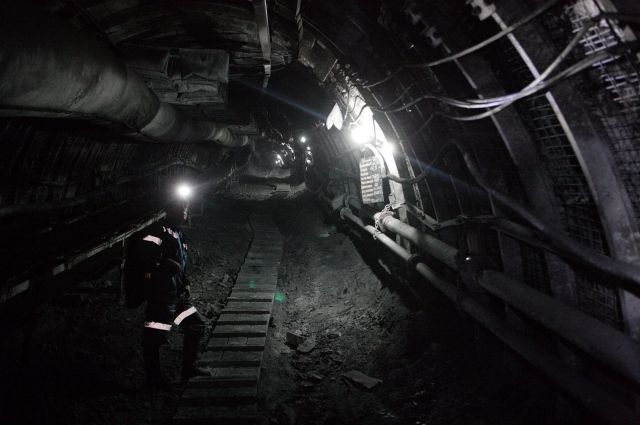 Подтопление на шахте им. Тихова произошло из-за поломки насоса.