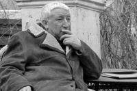 Народный поэт Дагестанской АССР, прозаик, переводчик, публицист, Расул Гамзатов. 1974 г.