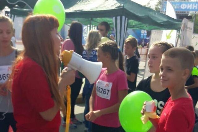 На празднике участники получали призы и подарки.