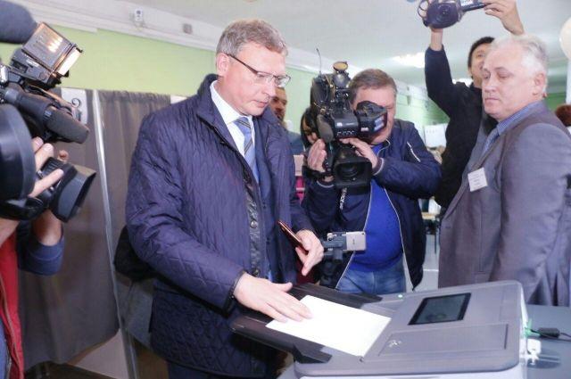 На выборах в Омской области абсолютную победу одержал Александр Бурков