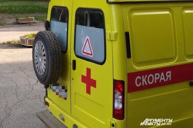 В больницу попала 53-летняя пассажирка автомобиля ВАЗ.