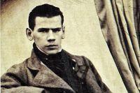В Казани Лев Толстой жил в юношеские годы.