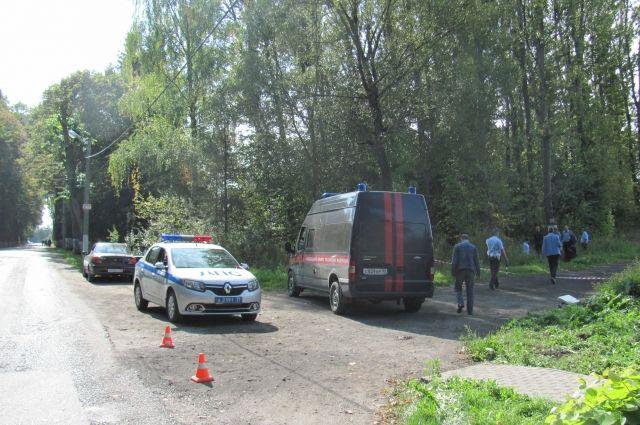 Подозреваемый в убийстве спрятал тело подростка в придорожную канаву.