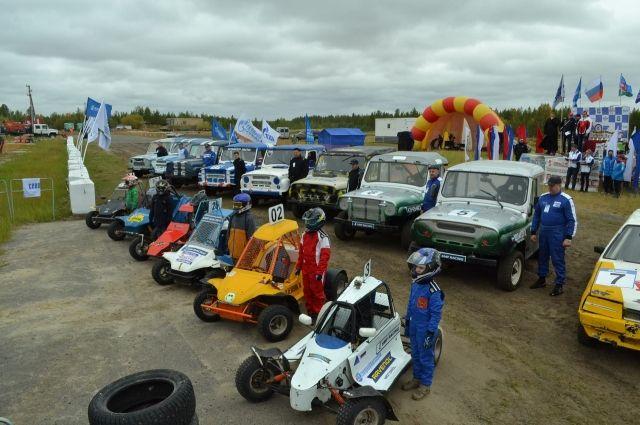 В Надыме наградили лучших гонщиков автокросса