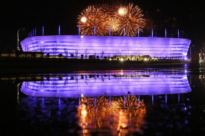 Фестиваль фейерверков проходит на территории «Стадиона Калининград», построенного к ЧМ-2018.