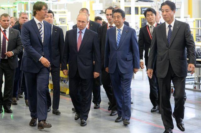 Российская Федерация иЯпония должны сотрудничать, уважая друг друга— Путин