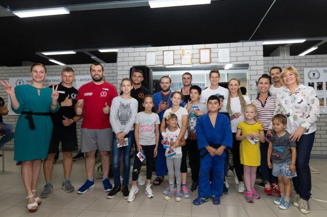 В тюменском спортивном празднике приняли участие десять чемпионов мира