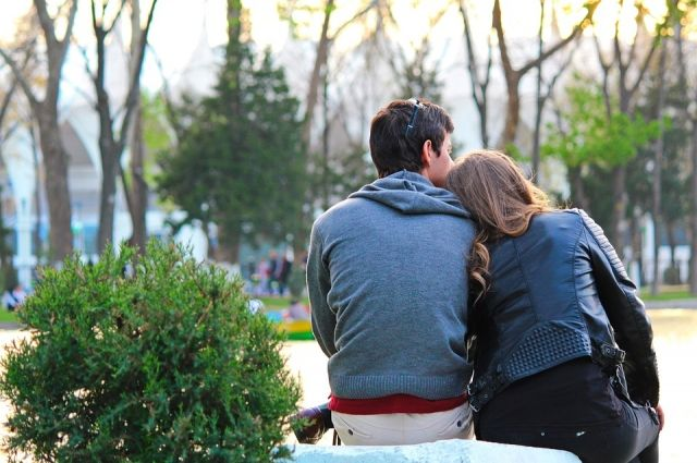 Если чувства кипят через край, человек не может ни полноценно работать, ни заниматься житейскими делами.