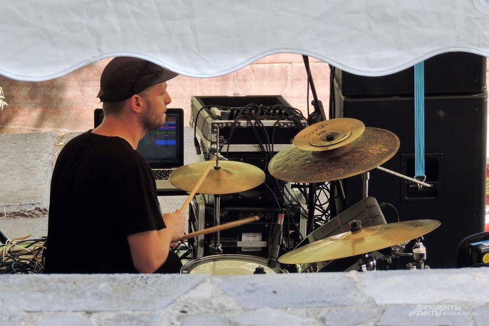 Барабанщик.