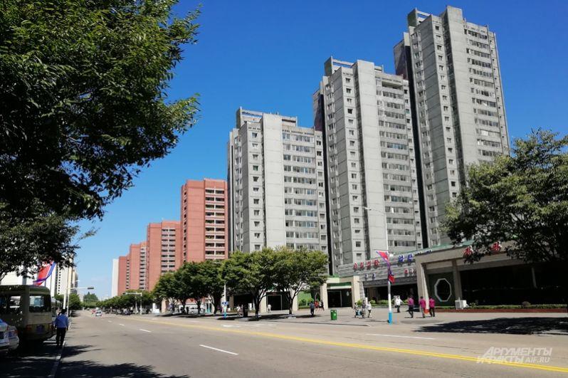 В центре Пхеньяна – новые высотки, идеальная чистота и никаких пробок.