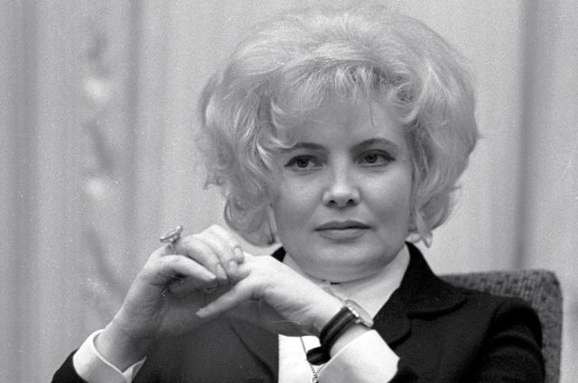 Народная артистка РСФСР актриса МХАТа имени А. М. Горького Татьяна Доронина. 1968 г.