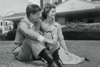 Джон и Жаклин Кеннеди, лето 1953 г.