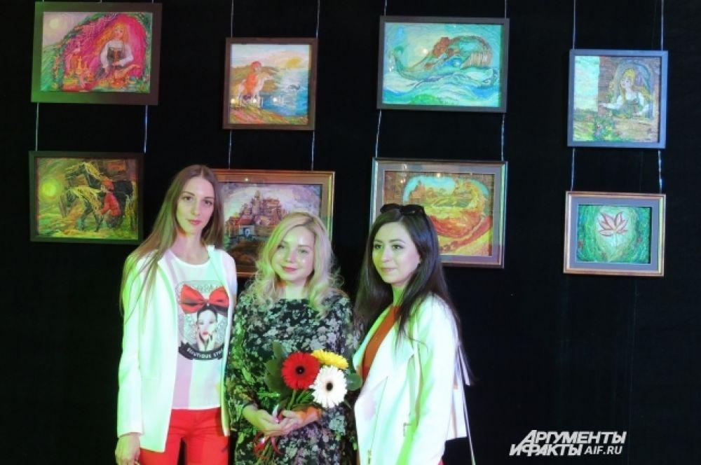 Дубчинская Анастасия (по центру).