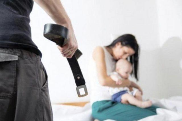 Запрет жить дома: полиция теперь сможет обезопасить жертв домашнего насилия