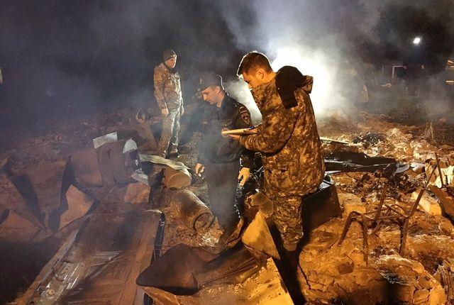 Останки мужчин обнаружили на пепелище на следующий день.
