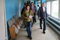 Борис Дубровский посетил Катав-Ивановск и оценил масштаб последствий землетрясения.