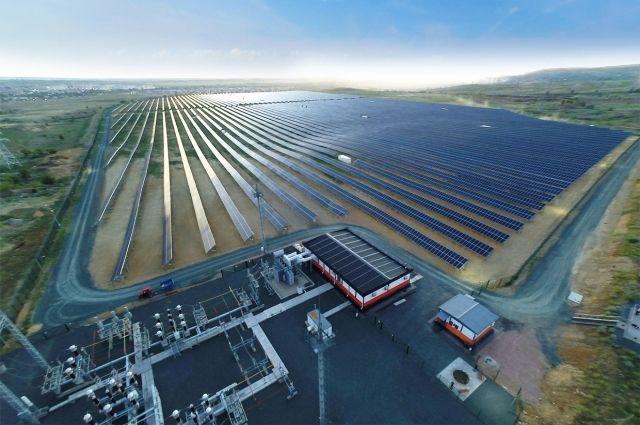 Выработка Орской солнечной станции на 11% превысила проектные значения.