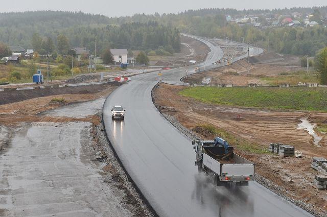После реконструкции на дороге появится разделительная полоса «нью-джерси» и по две полосы движения в каждом направлении.