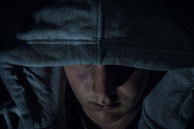 В Новосибирске ограбили женщину