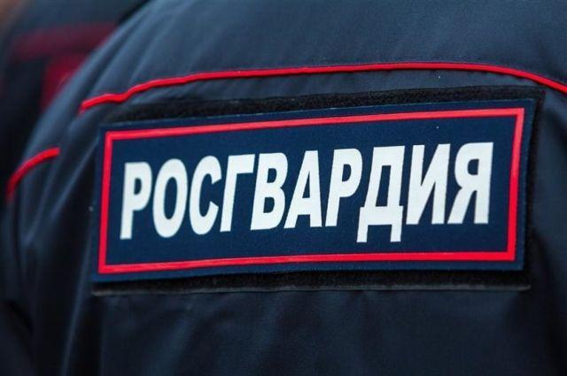 На месте обнаружения боеприпаса работали сотрудники ОМОН Управления Росгвардии по Оренбургской области.