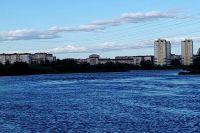 Тюменцы убрали мусор с берегов городских водоемов