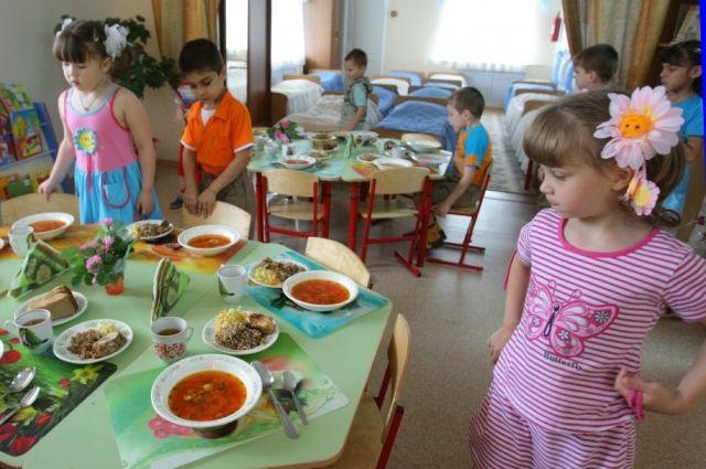 В киевских детсадах обнаружили гнилое мясо