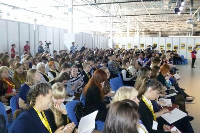 Тюменские волонтеры представят 133 проекта на конкурс «Доброволец России»
