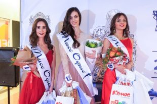 У Анны Калининой, Ольги Ямалдиновой и Анастасии Решетниковой есть шанс войти в тридцатку финалисток и претендовать на корону и главный приз – два миллиона рублей.
