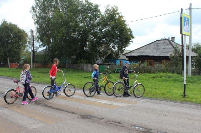 Дети чаще всего знают правила дорожного движения лучше своих родителей.