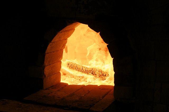 Дома с печным отоплением - анахронизм в XXI веке.