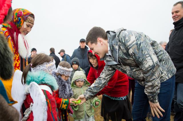 Дмитрий Артюхов посетил этнографическое стойбище «Земля надежды»