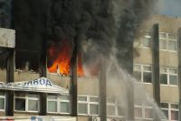 Огонь и беспомощность спасателей никому не оставили шанса.