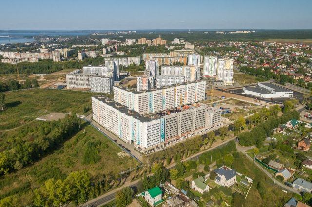 Льготные условия по ипотеке от банка ВТБ в сумме с акцией распродажи квартир от АО «ПЗСП» позволят сэкономить при покупке квартиры на ул. Целинной, 57 сотни тысяч рублей.