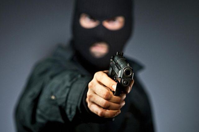 В Днепре неизвестные ограбили горожанина и скрылись: объявлен план-перехват