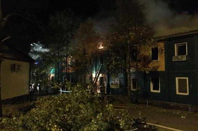 Пострадавших от пожара в Ноябрьске обеспечат всем необходимым
