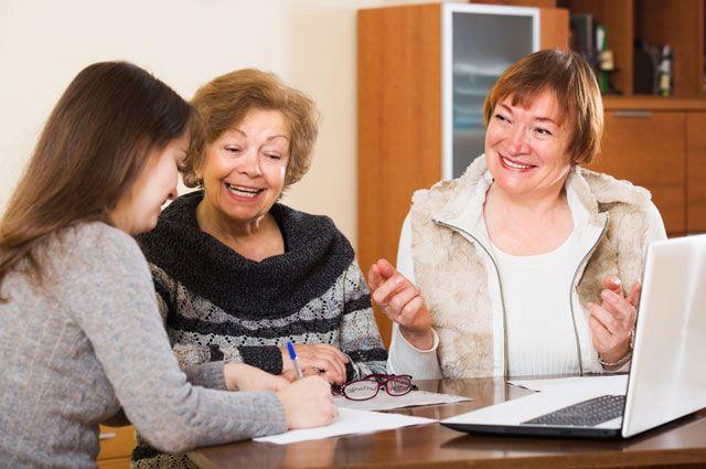 Не по статусу, а по возрасту: регионы сохраняют льготы для предпенсионеров