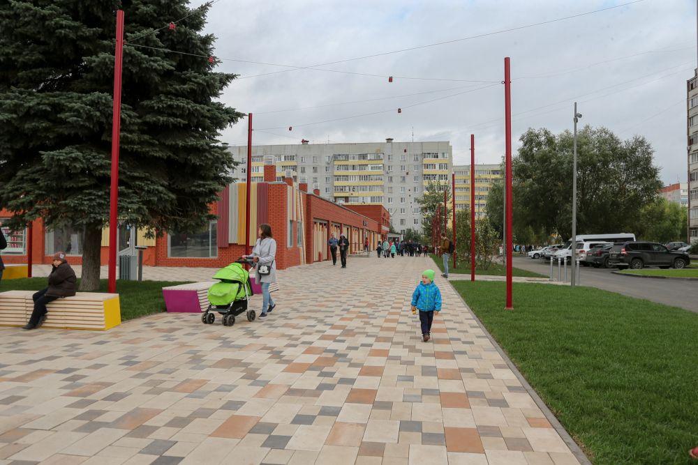 Для архитекторов было важно сделать бульвар удобным и функциональным как для детей, так и для старшего поколения.