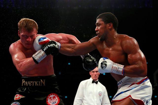 Джошуа отправил Поветкина в нокаут в чемпионском бою